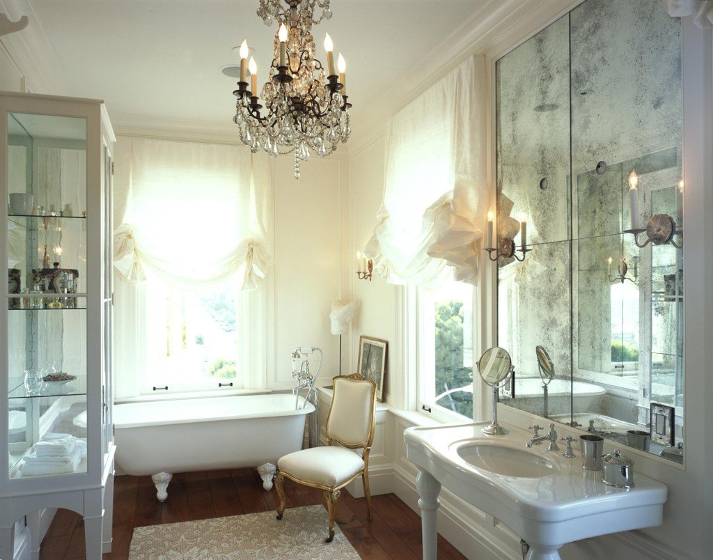 Pacific Heights Residence Bath